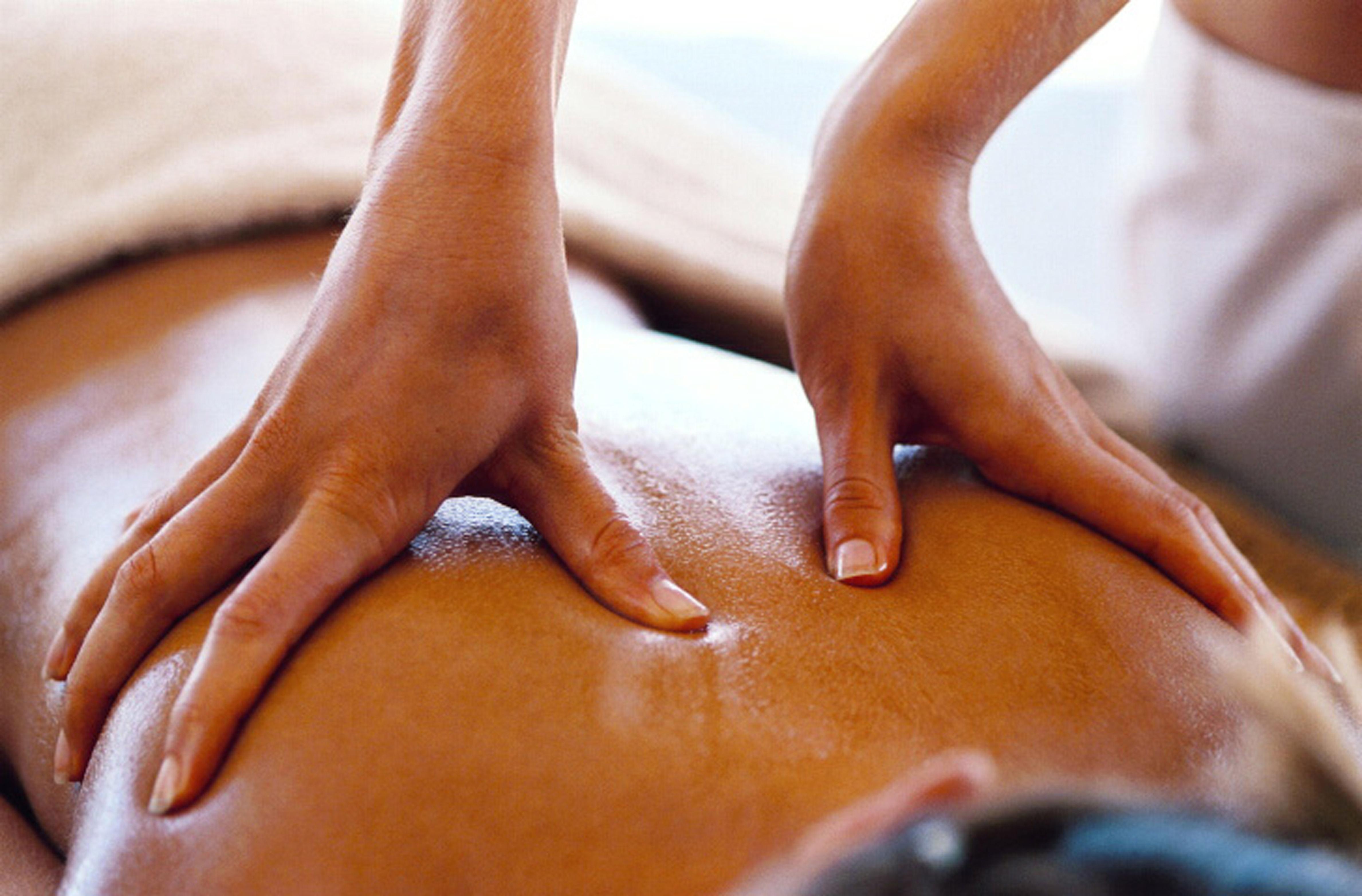 Massaggio di coppia: un vero momento di sensualità e piacere